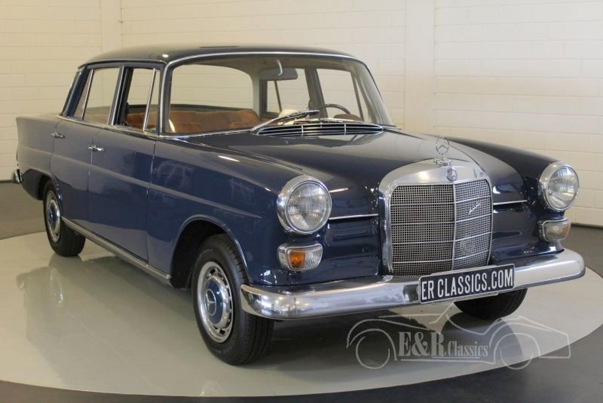 Mercedes benz 200 heckflosse 1967 te koop bij erclassics for Mercedes benz 200