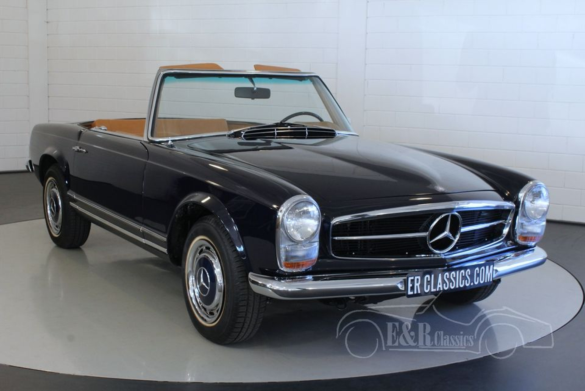 Mercedes benz 280 sl pagode 1968 te koop bij erclassics for Mercedes benz delaware